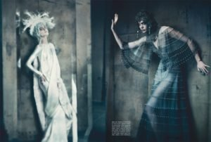 paolo roversi vogue-italia-the-one-and-only-couture-paolo-roversi-september-2011-www.lylybye.blogspot.com_5